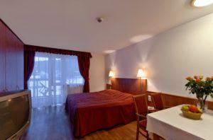 ClubHotel_szoba+etkezo_apartman_sioktatasausztria